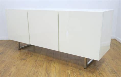 white credenza white buffet cabinet white lacquered credenza buffet