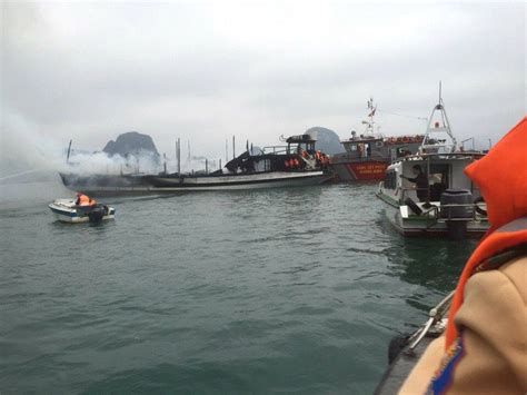 Cruise Ship Catches Fire On Ha Long Bay Nobody Hurt - News VietNamNet