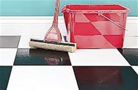 comment nettoyer les sols carrelage nettoyer sol carrelage tout pratique