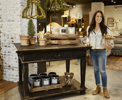 joanna gaines stunning  paint colors