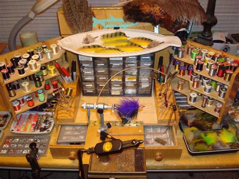fly tying desk setup fish whisperer 2