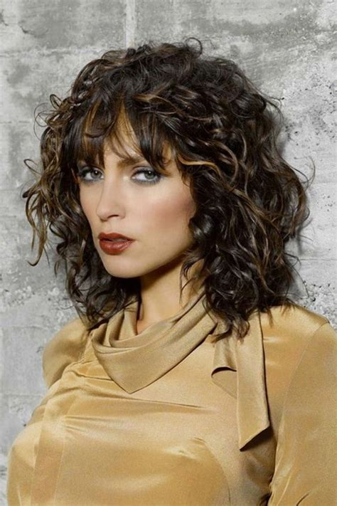 Top 2018 Long Hairstyles for Heart Shaped Faces Medium