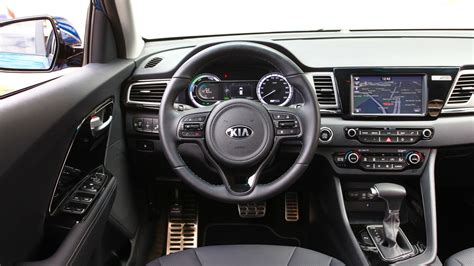 kia niro hybrid review car magazine
