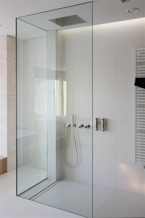 Moderne Dusche Barrierefrei by Moderne Duschen Minimal Dusche Weiss Badezimmer