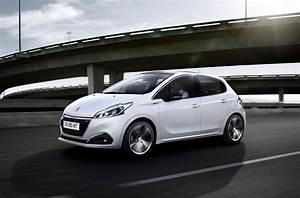 Photo Peugeot 208 : novo peugeot 208 2017 pre o interior consumo fotos pot ncia ~ Gottalentnigeria.com Avis de Voitures