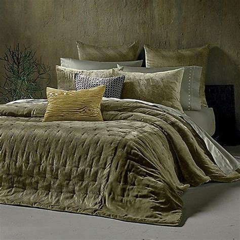 25 olive green bedrooms ideas on olive