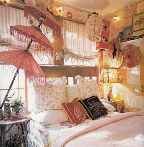 Bohemian Bedroom Decor | Two gypsy bohemian bedrooms that ...