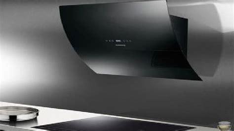 meuble de cuisine en inox hotte design inox et verre inspirent la hotte de cuisine