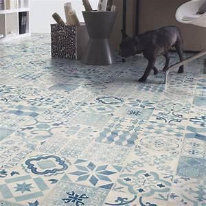 Sol Imitation Carreaux De Ciment : sol pvc lino imitation carreaux de ciment bleu larg 4m ~ Dailycaller-alerts.com Idées de Décoration