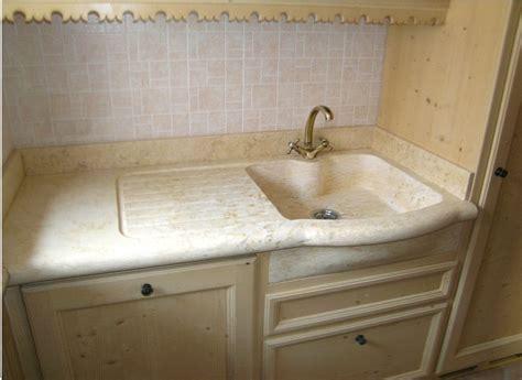 lavelli in granito lavello cucina con gocciolatoio in marmo oro chiaro
