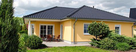 kleinen bungalow bauen kleinen bungalow bauen sch n moderner bungalow am strand einrichtungsideen der bungalow 92 ihr