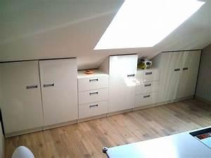 Meuble Pour Chambre : meuble pour mansarde sur mesure ~ Teatrodelosmanantiales.com Idées de Décoration