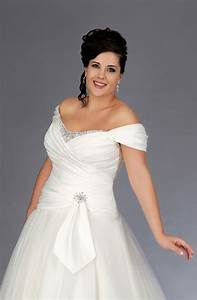 Off the shoulder wedding ball gown for plus size brides for Plus size off the shoulder wedding dress