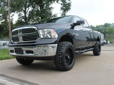 equipped  ram  laramie longhorn lifted  sale
