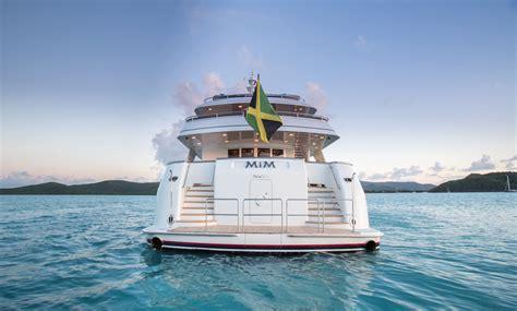 Miami Boat Show Vip Lounge by Burger Boat Company To Participate In Miami Yacht