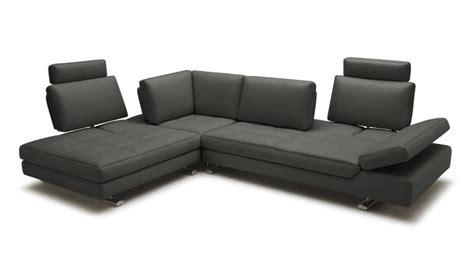 choisir canapé cuir canape d 39 angle en cuir contemporain minho mobilier moss