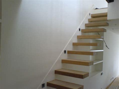 escalier droit sortant du mur forum menuiseries