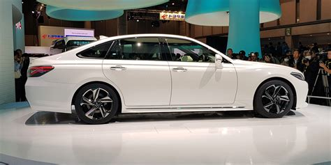 toyota crown concept revealed  tokyo