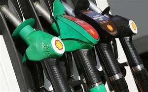 Top Tips For Fuel Saving Driving In Pakistan