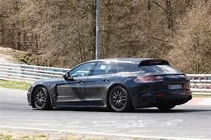 Porsche Panamera Break : 2017 porsche panamera shooting brake spied dropping hot laps autoevolution ~ Gottalentnigeria.com Avis de Voitures