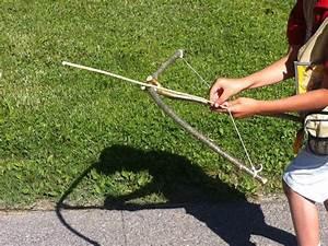 Fabriquer Un Arc : fabriquer un arc et improviser une arbal te avec toysfab ~ Nature-et-papiers.com Idées de Décoration