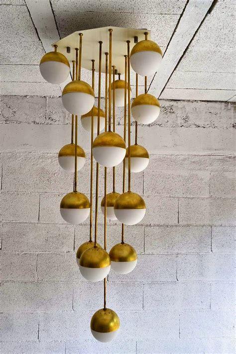 mid century lighting eye for design decorating in mid century modern style