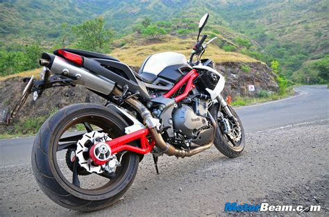 benelli tnt 899 test ride review dsk benelli wallpaper