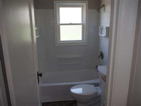 tub surround  window tub surround