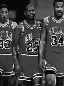 Michael Jordan and Charles Oakley