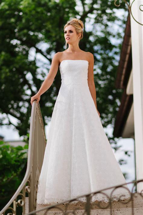 mit hochzeitskleid hochzeitskleid tr 228 gerlos mit weitem rock spitze und corsage