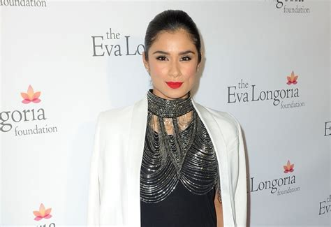 diane guerrero house in the country we love diane guerrero releases tell all