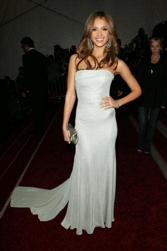 beauty life jessica alba white dress