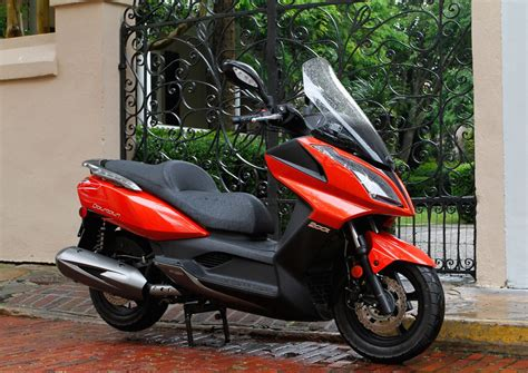 Modification Kymco K Xct 200i by 2012 Kymco Downtown 200i Top Speed