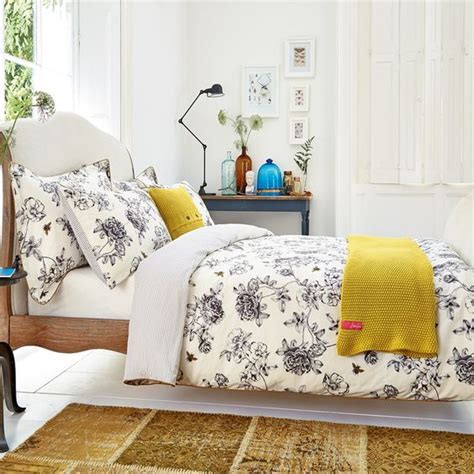 floral bedding 31 beautiful and romantic floral bedding sets digsdigs