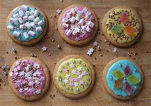 Childhood Memories of Biscuit Decorating Dine&Discover