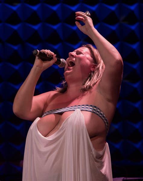 Nackt Bridget Everett  Alt