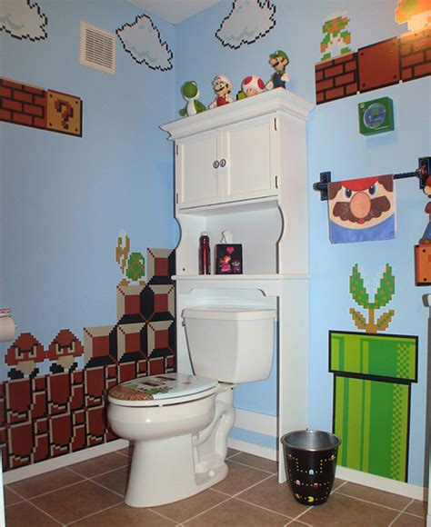 A Mario Donkey Kong And Pac Man Themed Bathroom Geekologie