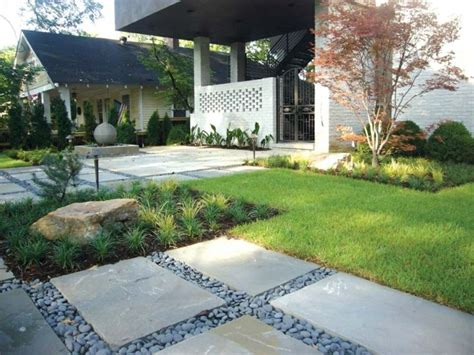 Aménagement Extérieur Maison: Jardins D'entrée Modernes