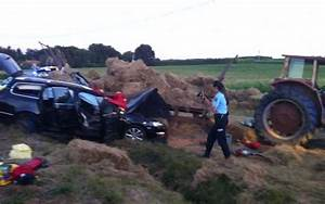Vendre Une Voiture Dans L état : garat grave accident entre un tracteur et une voiture charente ~ Medecine-chirurgie-esthetiques.com Avis de Voitures