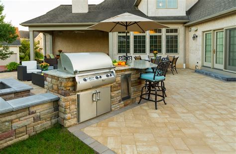 outdoor kitchen cost prices  expect