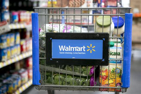 L Walmart by One Walmart S Low Wages Could Cost Taxpayers 900 000 Per