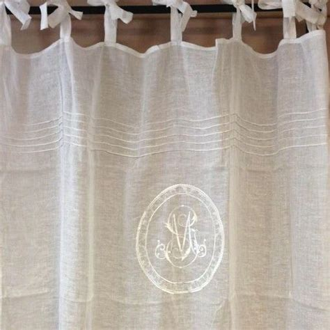 rideau de plus de 2 metres rideau voilage gris et monogramme