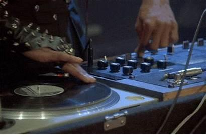 Scratching Breakin Dj Records Gifs Raccoon Wifflegif