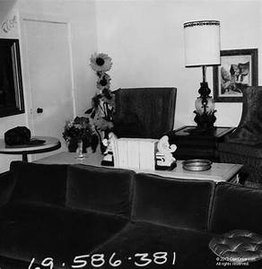 3301 Waverly Drive Living Room Charles Manson Family And