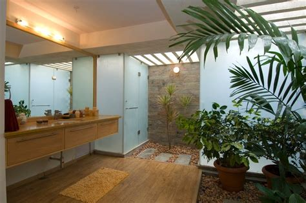interior courtyard bathroom interior design ideas
