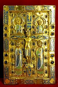 Bookbinding plate with Crucifixion scene 13th cent. Musee ...