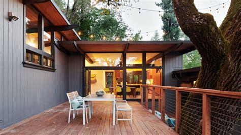 spectacular mid century modern deck designs     love summer