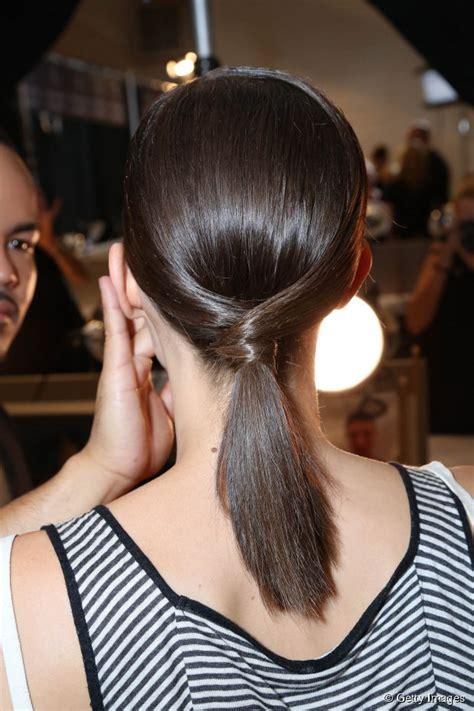 chic medium length hair tutorial  pony   twist