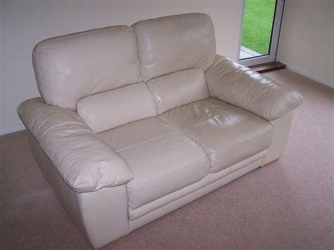 how can i clean leather sofa how to clean leather sofas cool cleaning leather sofa how