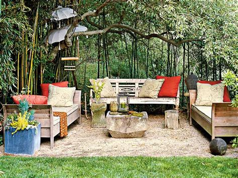 25 Outdoor Seating Area Designs